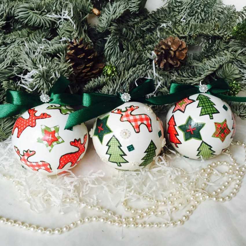Лучшие фото с новогодней елкой впервые