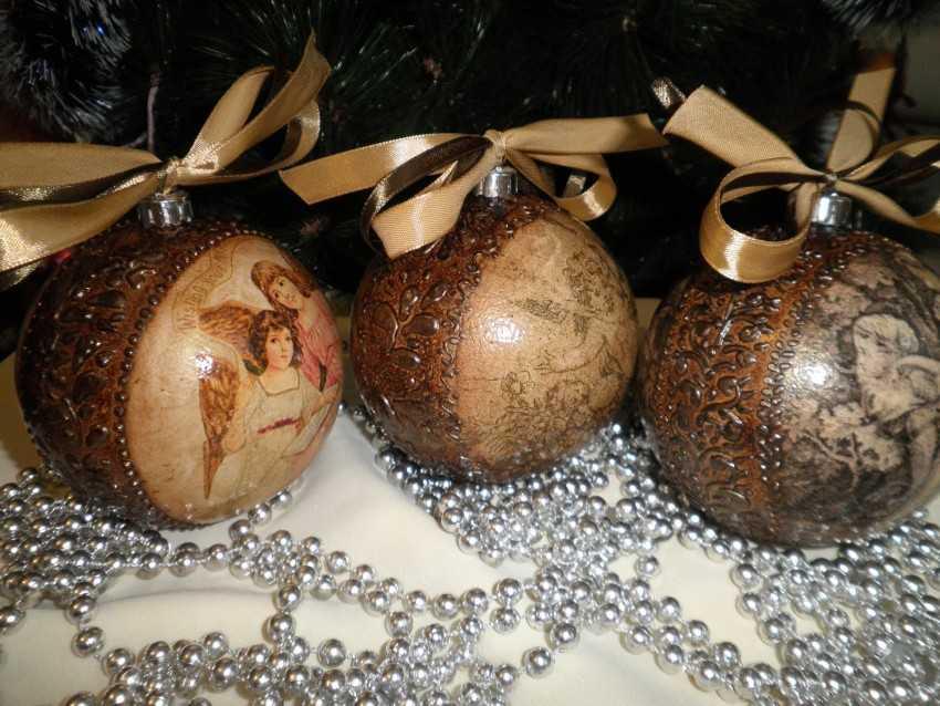 перенесение фото на новогодние шары своими руками постепенно нагревал