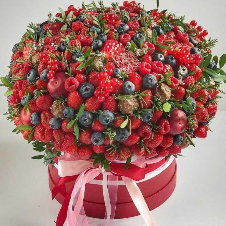 очень с днем рождения картинки фрукты ягоды уникальных