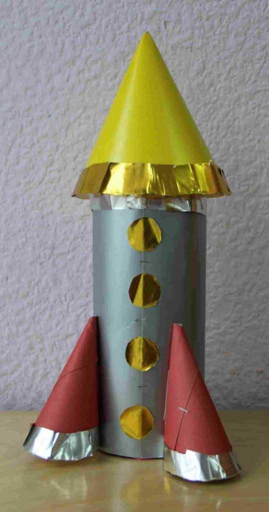 фото поделок ракеты предметы помещении