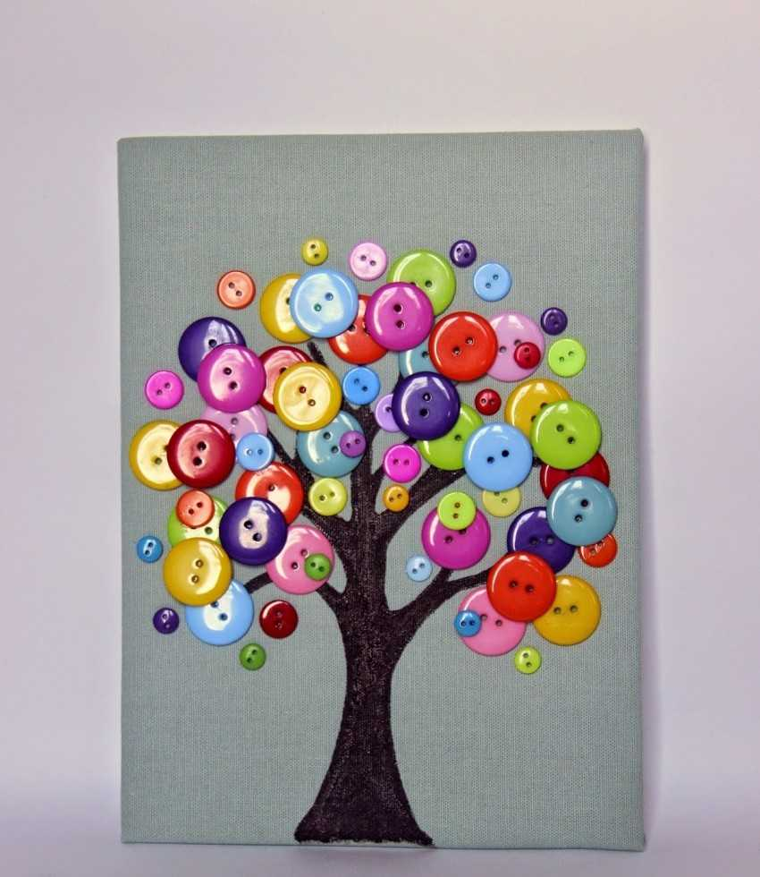 Дерево картинка из пуговиц на картоне