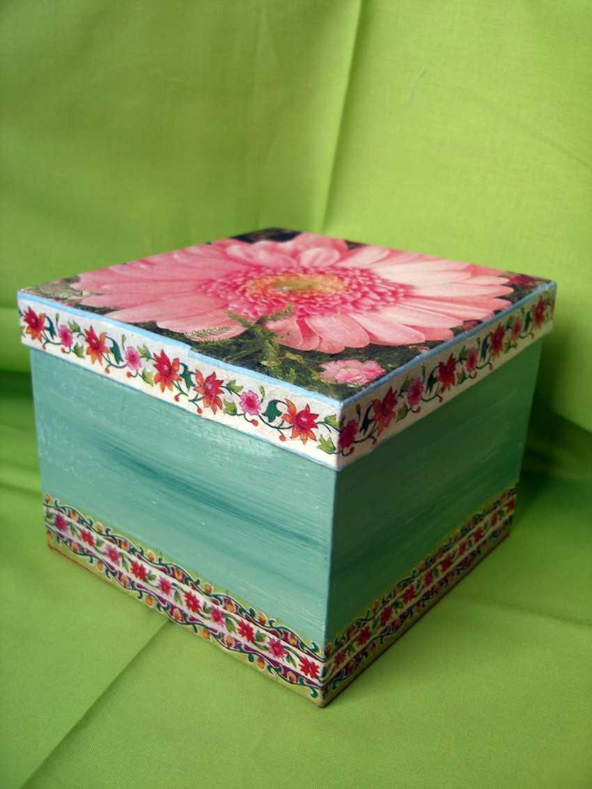 Декупаж коробки из картона салфетками
