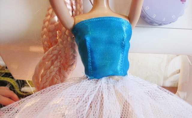 Как сшить платье для барби из фатина 8