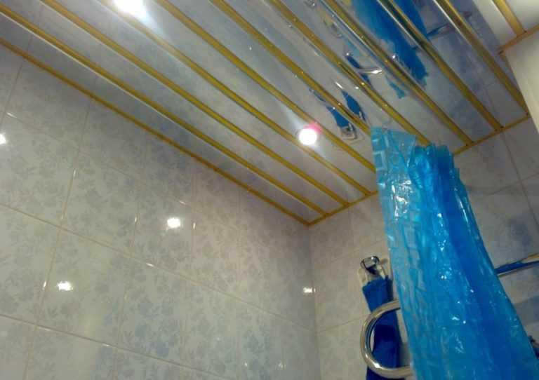 Навесной потолок в ванной и как его сделать 774