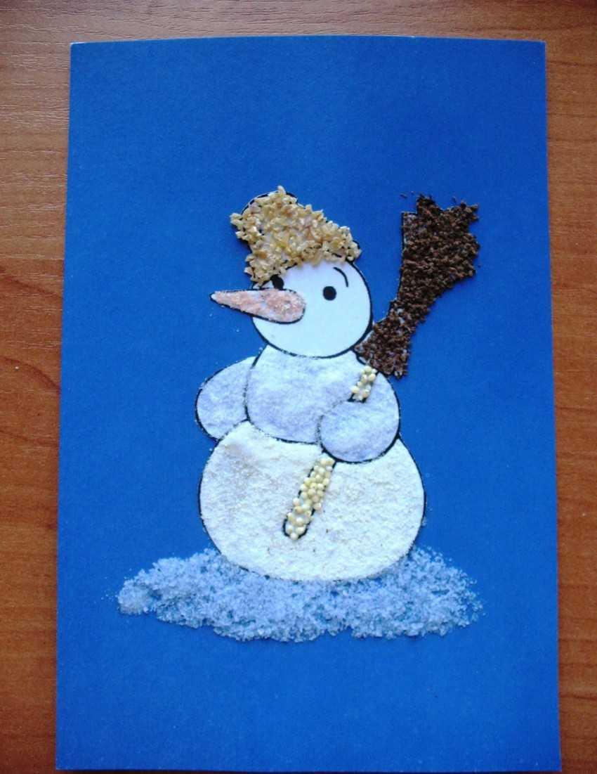 Аппликация снеговик с шаблонами для самых маленьких из бумаги, кусочков ваты или ватных дисков